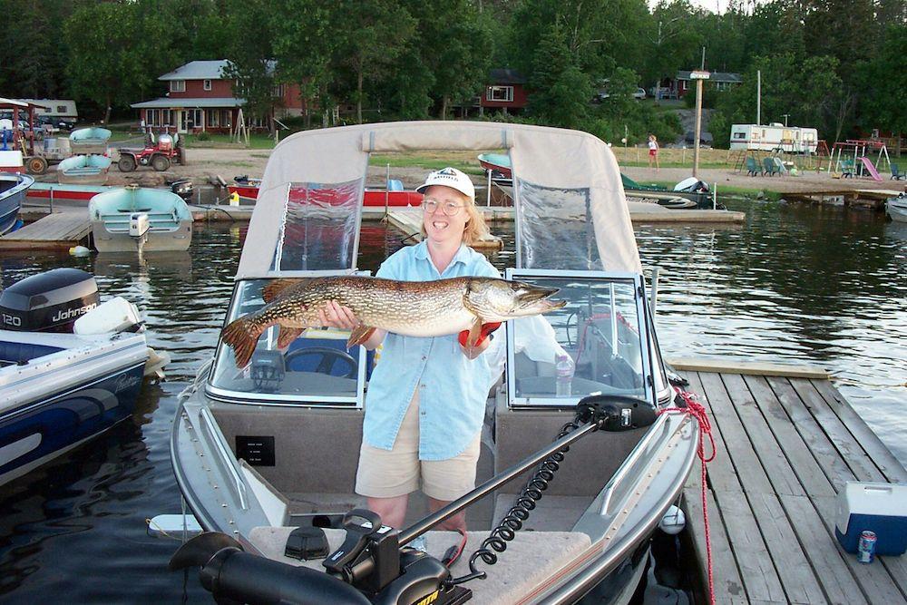 Lake kabetogama fishing herseth 39 s tomhawk resort for Kabetogama fishing report